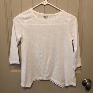 NWOT Crazy 8 shirt with longer points at bottom